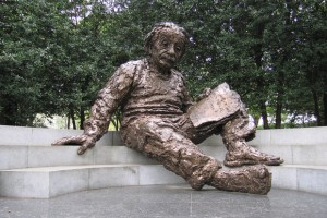 albert-einstein-memorial